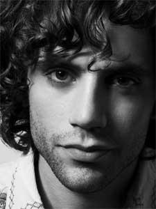 Mika: la pastilla de la felicidad