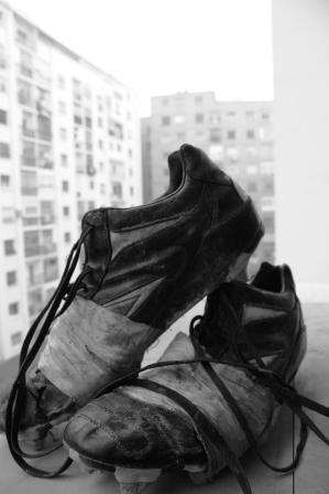 Morir sin las botas puestas